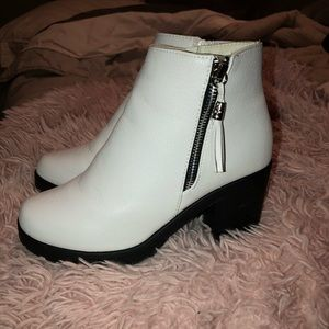 WORN ONCE WHITE BOOTIES